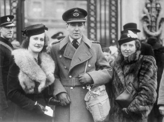 Wing Commander Hughie Edwards, the Australian airman serving with the RAF who was awarded the Victoria Cross for his courage in leading a remarkable attack on Bremen (AWM SUK10172).
