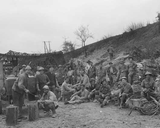 A camp shared by French gunners and Australian pioneers of 4th Division near Villers-Bretonneux (AWM E02192).
