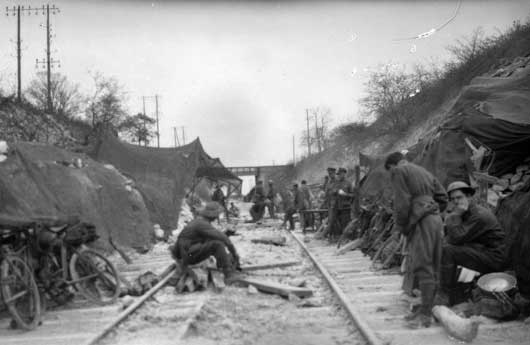 A view of the railway cutting near Villers-Bretonneux, where Brigade Headquarters was located (AWM E04881).