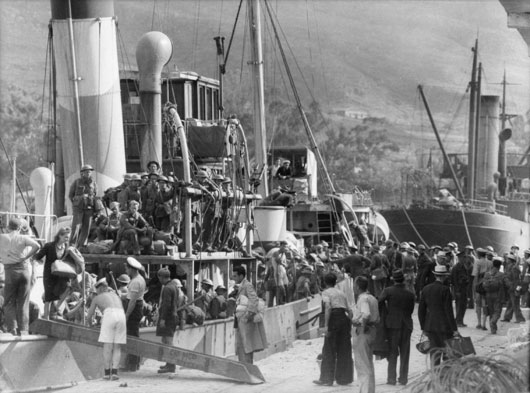 Troops were evacuated from various points on the Greek coastline, with all types of shipping being pressed into use (AWM 007609).
