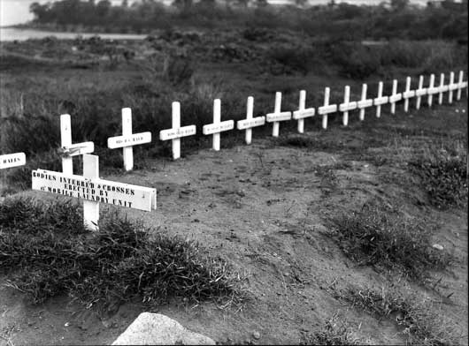 Graves of civilians who were killed during a Japanese air raid on Darwin (AWM 012787).